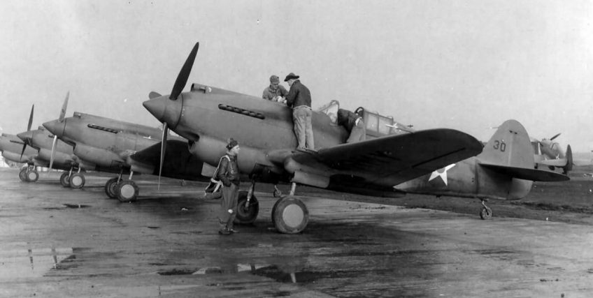 Curtiss P-40