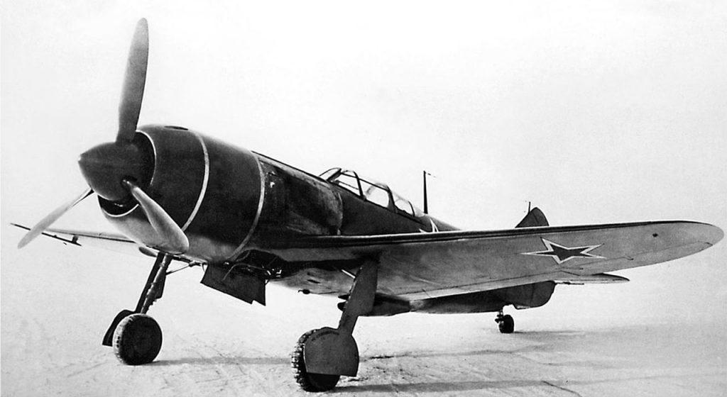 Ла-7 завода № 381 с тремя пушками Б-20
