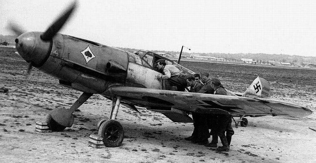 Messerschmitt Bf.109 F-2 Wr.N 6674 Heinz Bretnütz II/JG53 France 1941 г