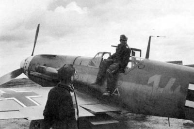 Messerschmitt Bf.109 F-4/Z Trop Hans-Joachim Marseille 3./JG27