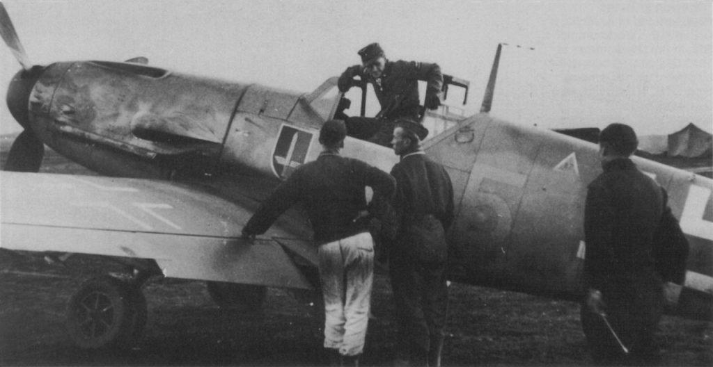 Messerschmitt Bf-109G-2 R6 Walter Krupinski 6./JG52 1942 год