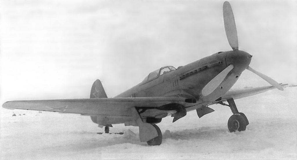 Як-9У М-107А первый построенный на заводе №166