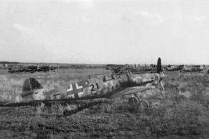 Messerschmitt Bf.109 G-10 W.Nr 610783 7./JG52 Neubiberg май 1945 года
