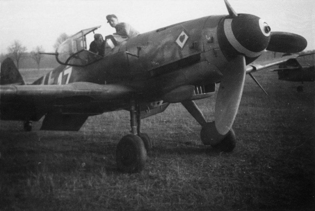 Messerschmitt Bf.109 K-4 W.Nr 330230 9./JG77 Neuruppin ноябрь 1944 год
