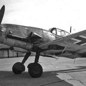 Messerschmitt Bf.109G-10 W.Nr 490137 Hptm. Waldemar Wagler 15./JG51 Rinkaby Швеция май 1945 года