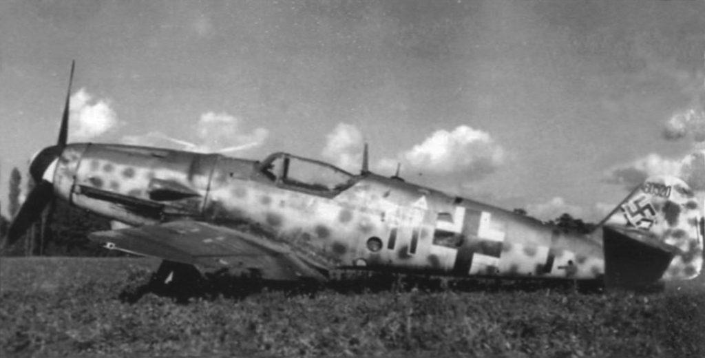 Messerschmitt Bf.109 G-14 W.Nr 460520 10./JG76 Athis-Mons Франция сентябрь 1944 года