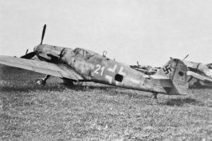 Messerschmitt Bf.109G-14 W.Nr 464549 Neubiberg май 1945 года