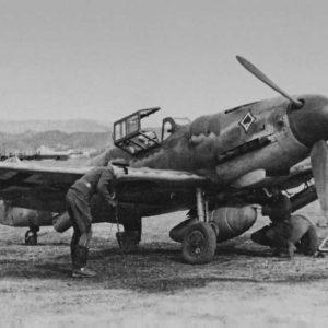 """Messerschmitt Bf.109 G-6/R3 BR 21 """"Bordrakete"""" JG53 Италия 1944 год"""