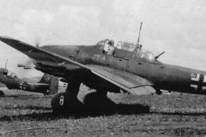 """Junkers Ju.87 D-3 9./StG2 """"Immelmann"""" сдвижная часть фонаря с доп бронированием"""
