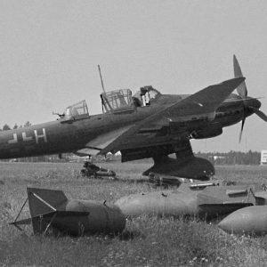 Junkers Ju.87 D-5 S7+HH пилота Fw. Oswald Godo, Финляндия