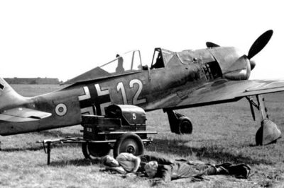 Focke-Wulf Fw.190 A-3 W.Nr 432 Johannes Ratenow 10./JG1 Bergen-op-Zoom 1942 год