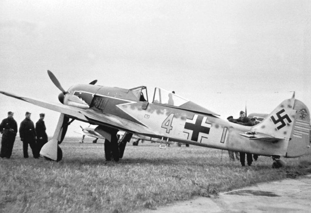 """Focke-Wulf Fw.190 A-4 W.Nr 746 Siegfried """"Wumm"""" Schnell 9./JG2 начало 1943"""
