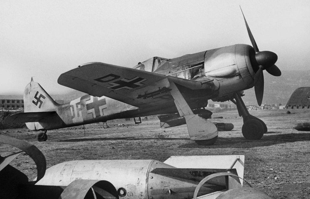 Focke-Wulf Fw.190 G-3 W.Nr 160043 DP+HQ III/SKG10