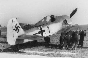 Focke-Wulf Fw.190A-2 W.Nr 120269 Oblt. Horst Krüger 5./JG2 Beaumont-le-Roger Франция 1942 г