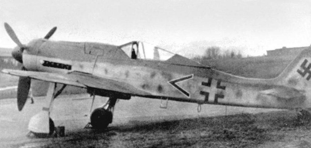 Focke-Wulf Fw.190 D-9 IV/JG3
