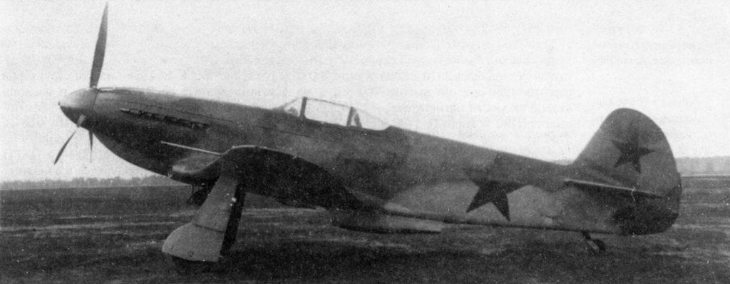 """Як-1М """"Москит"""" дублер во время заводских испытаний"""