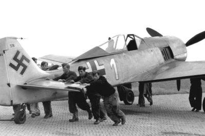 Focke-Wulf Fw.190 A-3 Oblt. Friedrich Eberle 10./JG1 лето 1942 года