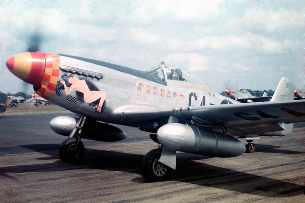 North American P-51D-20-NA Mustang s/n 44-72199 Capt. Charles Weaver, Leiston England 1945 год