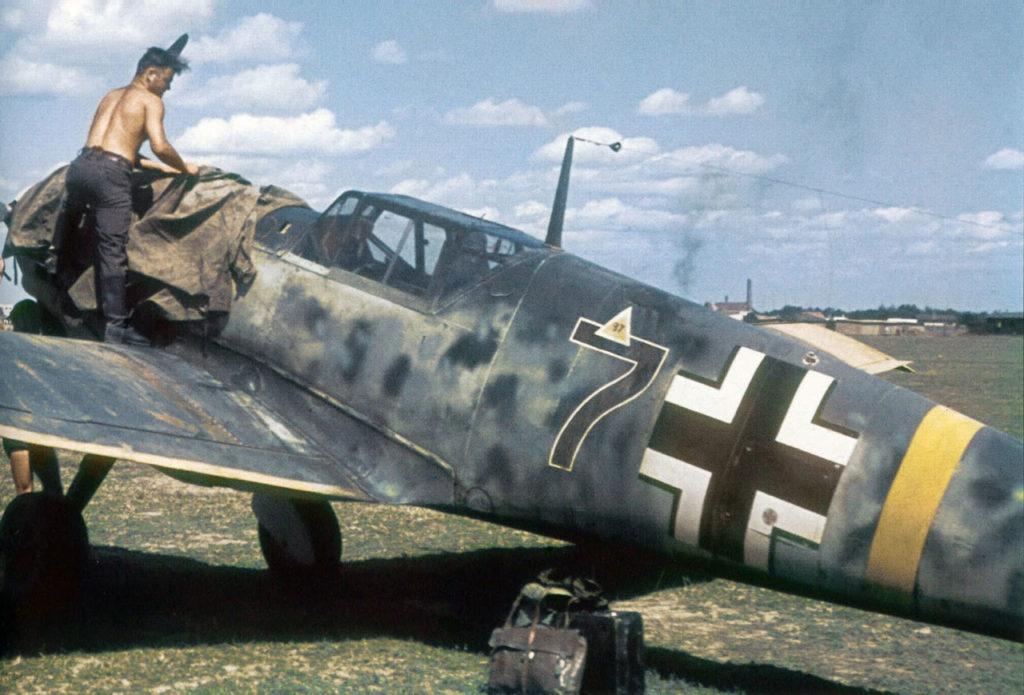 """Messerschmitt Bf.109E """"Schwarze 7"""""""