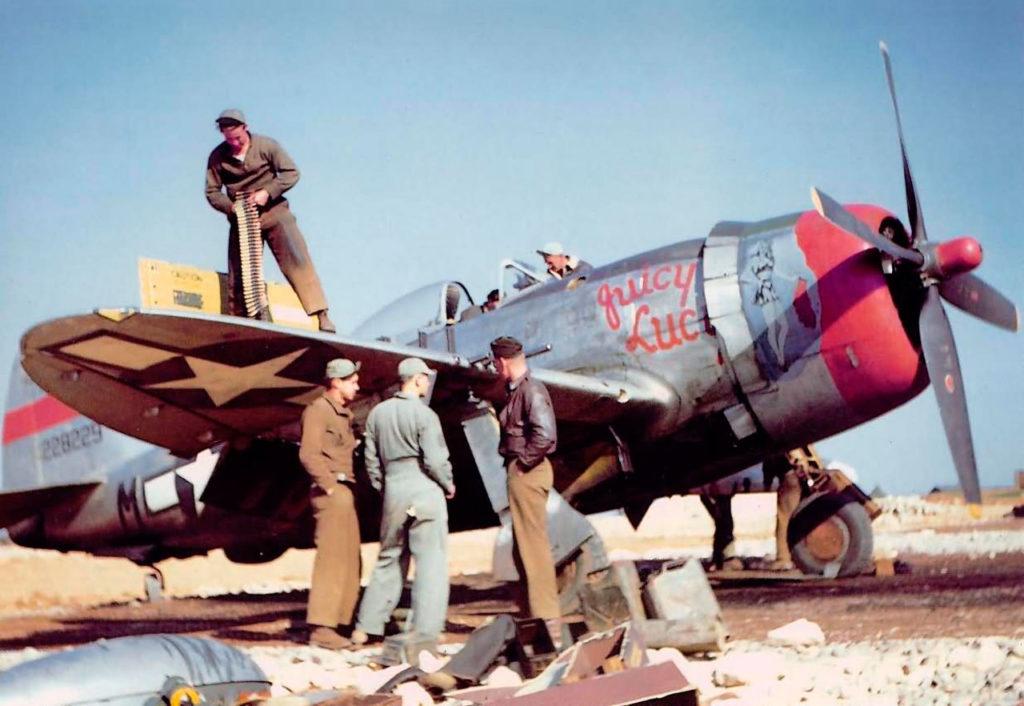 "Republic P-47D-26-RA Thunderbolt s/n 42-28229 ""Juicy Luc"" 50FG"