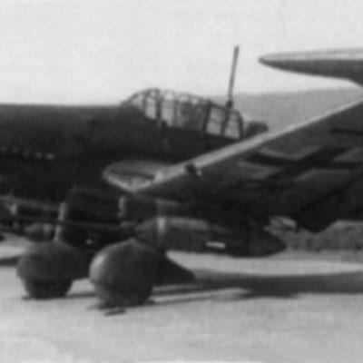 Junkers Ju.87 G-2 аэродром Gütersloh апрель 1945 года