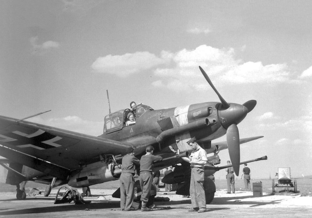 Junkers Ju.87 G-2 Зальцбург Австрия 1945 год