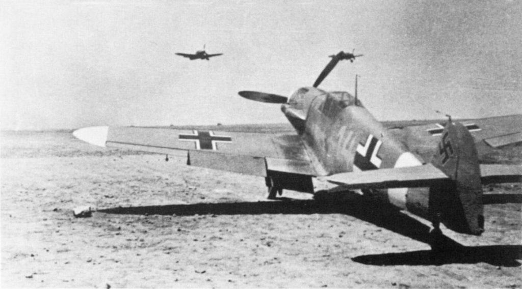 Messerschmitt Bf.109 F-4/Z trop W.Nr 10137 Hans-Joachim Marseille 3./JG27 Северная Африка лето 1942 года