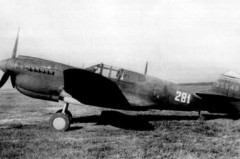 Curtiss P-40M