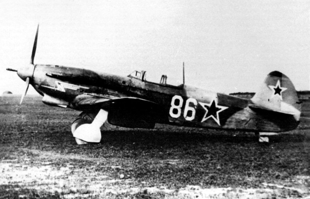 Як-9К с номером 86 на войсковых испытаниях