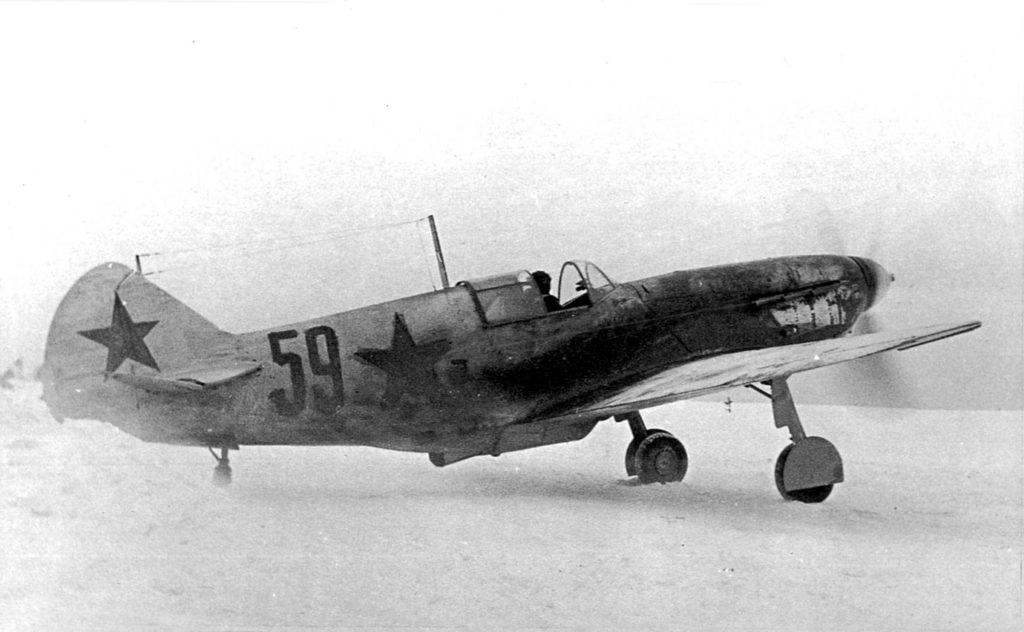 ЛаГГ-3 35-ой серии, капитан Каберов И.А. из 3ГИАП ВВС КБФ, восток Ладожского озера, зима 1942-1943 гг