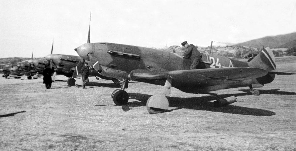 ЛаГГ-3 последних серий 9ИАП ВВС Черноморского флота Новороссийск весна 1944 года